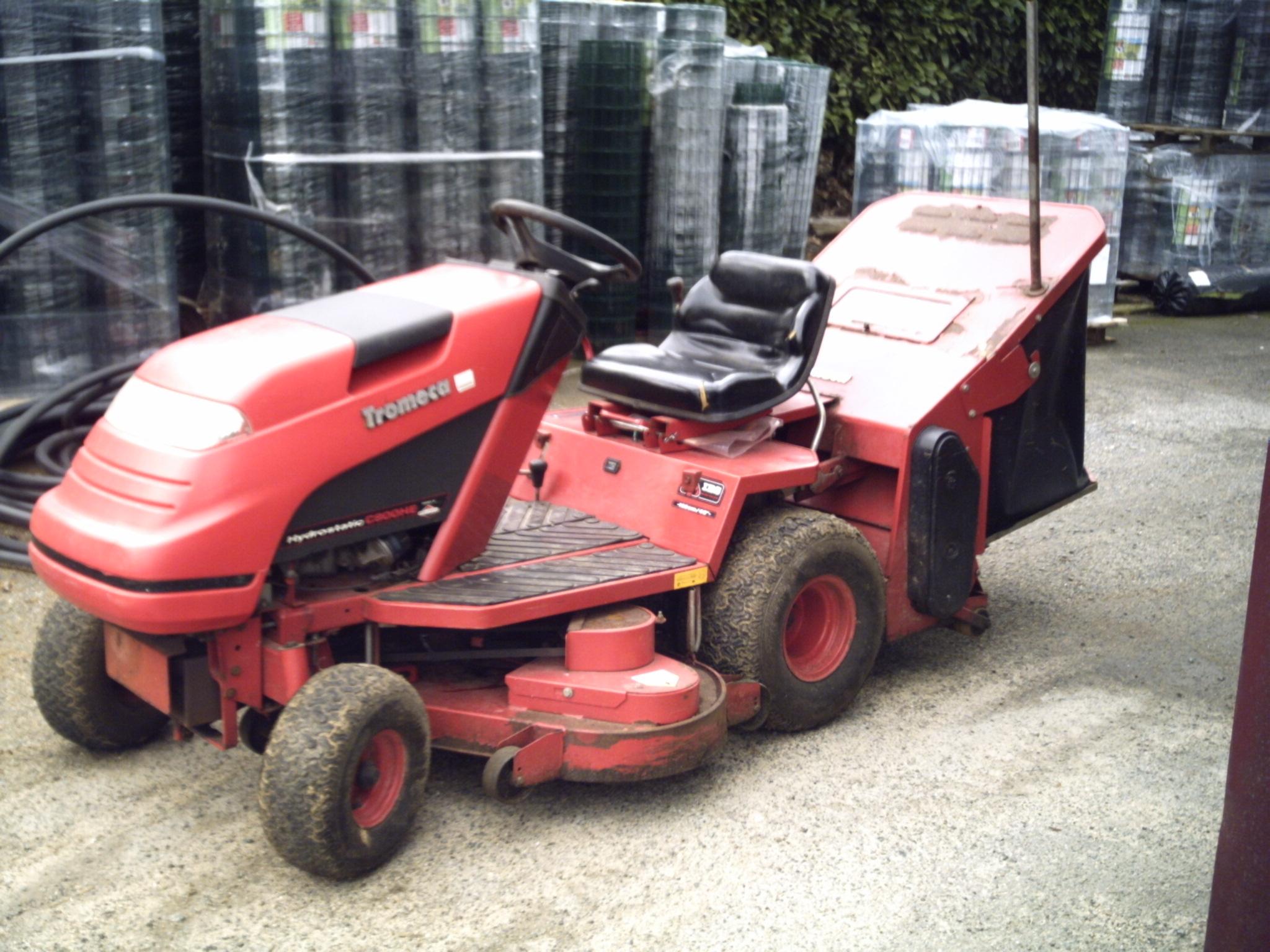 tracteur tondeuse countax occasion tracteur agricole. Black Bedroom Furniture Sets. Home Design Ideas